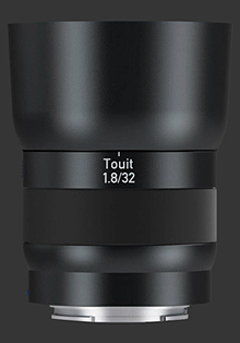zeiss touit 32mm f/1-8