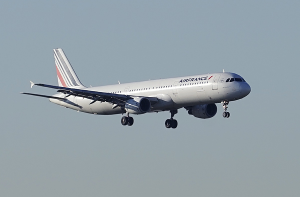 avion_air_france_crop