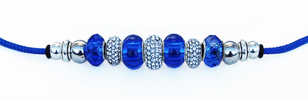 laisses perles bleu royal